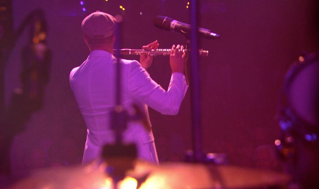 Serenade live